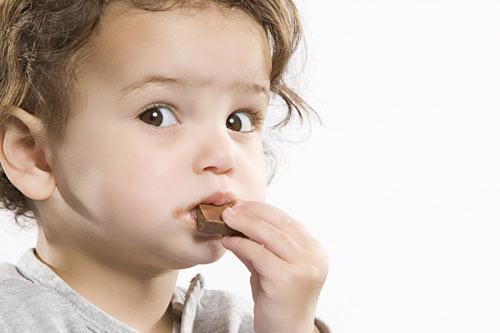Шоколадът в детското меню… Кога да го позволите?