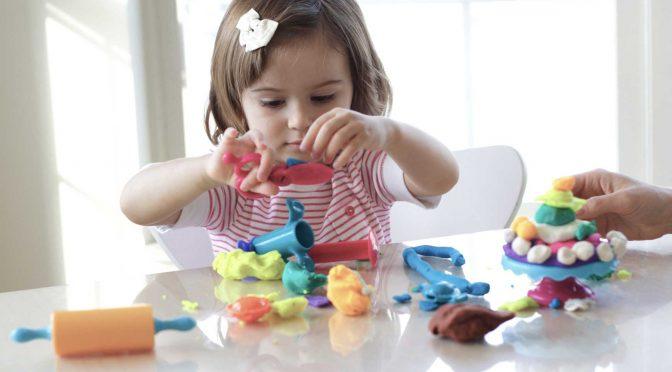 75% от българите смятат, че таксите за детска градина на деца между 3 и 4 години трябва да отпаднат