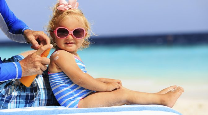 Пазете детската кожа от слънцето