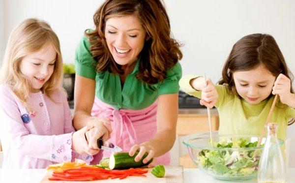 Как да научим децата да се хранят здравословно