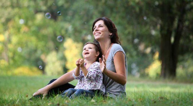 Нов шанс за самотни майки по програма на Български фонд за жените