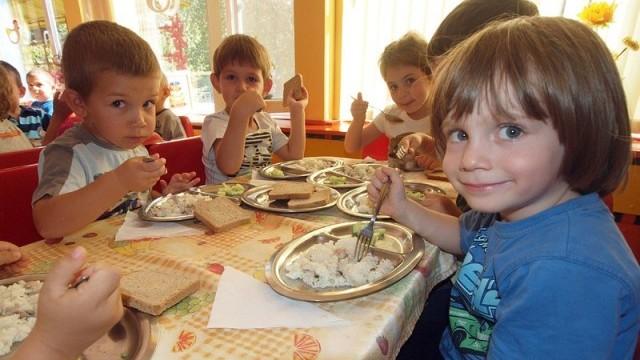 Без консерванти и оцветители в менюто на бургаските деца
