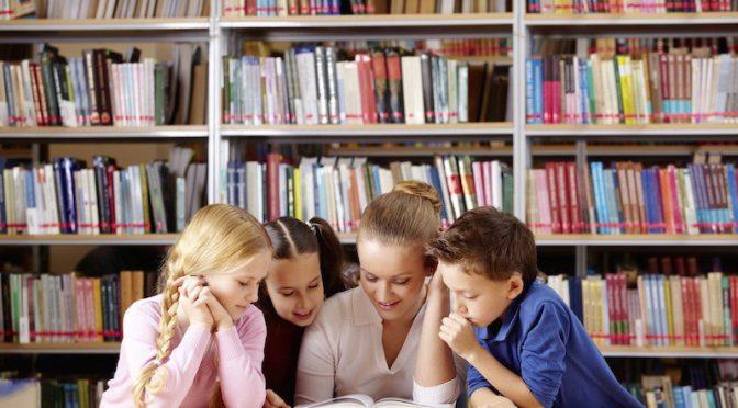 Броят на книгите, които ни заобикалят в детството, е важен…