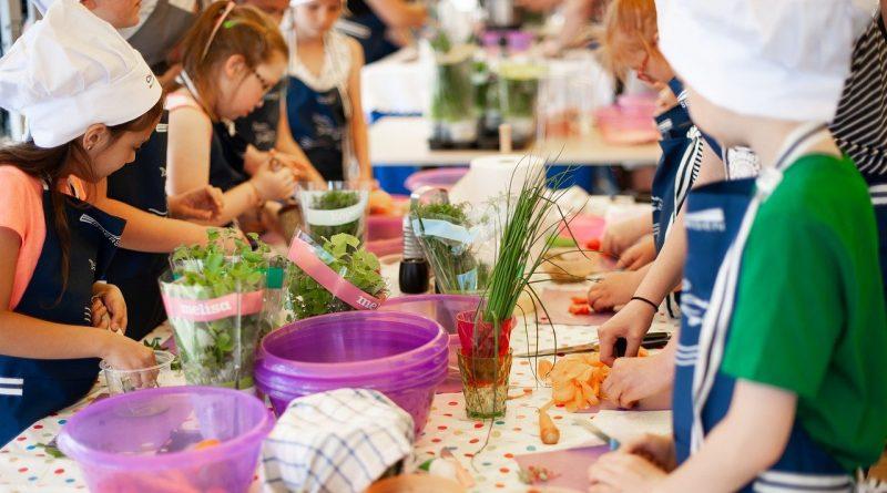 Децата, които хапват балансирано, са по-щастливи